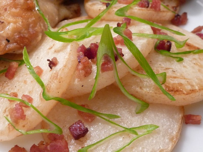 Fried turnips with bacon